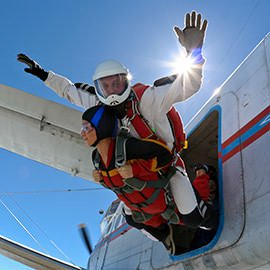 Rockclimbing, abseiling to skydiving experiences